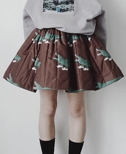 캐롤라인보스만 PRINTED MINI SKIRT_CROC BROWN